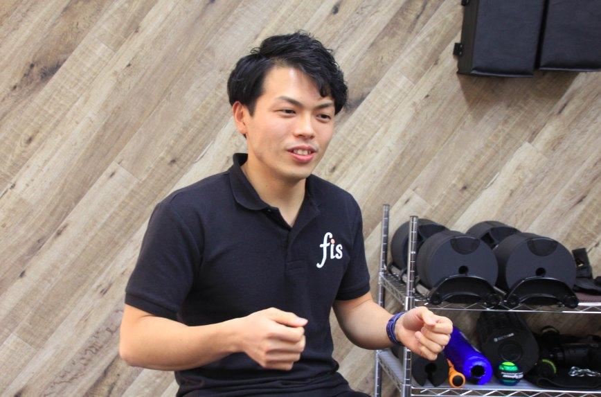 パーソナルジムfis大阪江坂店店長の伊藤さん