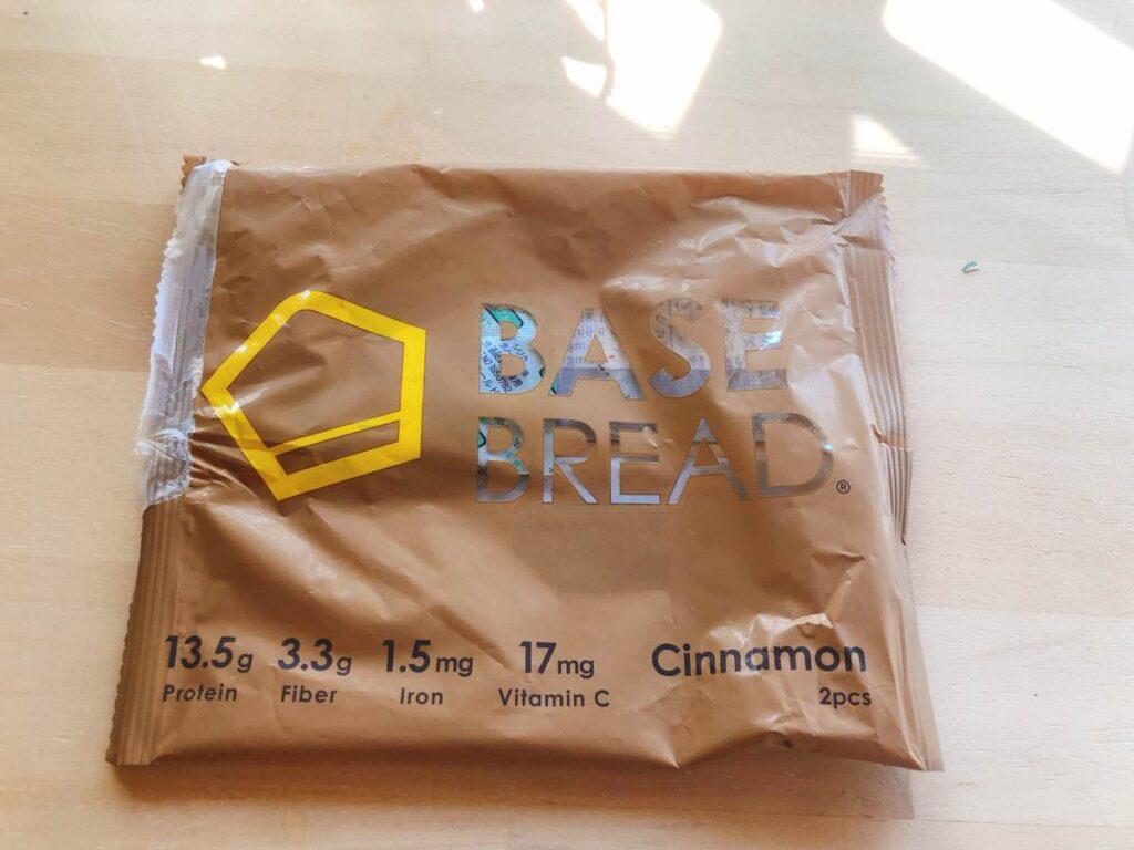 ベースブレッドのシナモン味の袋