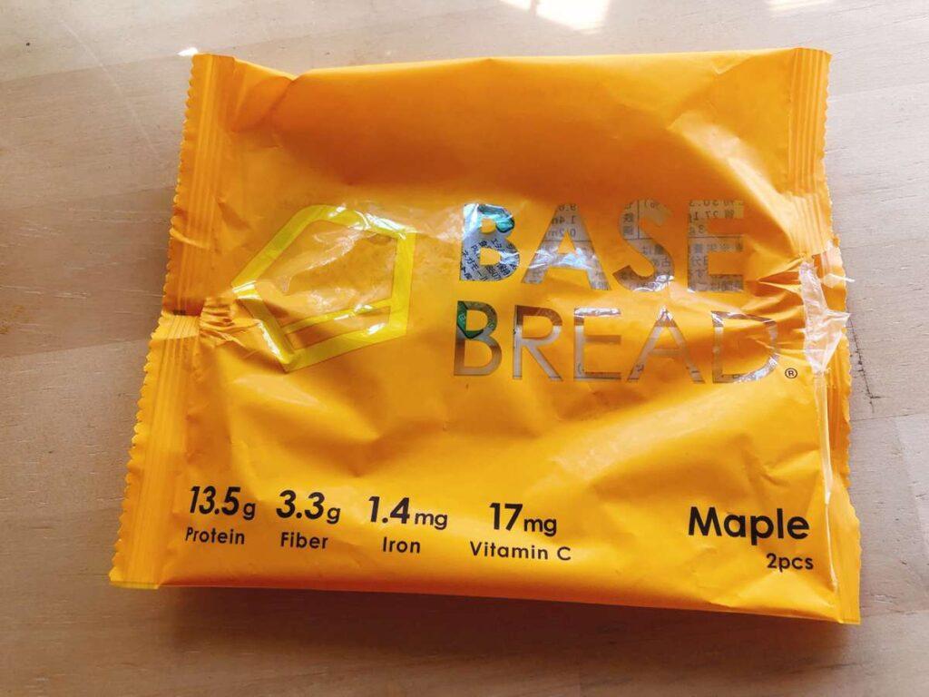 ベースブレッドのメープル味の袋